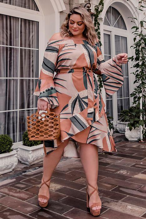 Vestido Plus Size Mix Estampas Transpassado